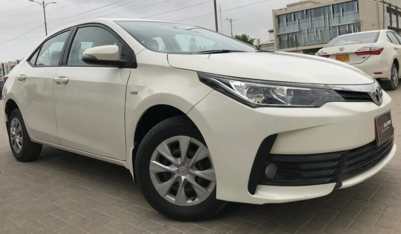 GLI MT 2018 WHITE COLOR, 75,000KM DRIVEN WITH 6 MONTHS OR 10,000KM WARRANTY ON ENGINE AND GEARBOX. full