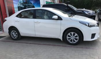 IMMACULATE CONDITION COROLLA GLI MT 2017, WHITE COLOR, ONLY 73,000KM DRIVEN,WITH 6 MONTHS OR 10,000KM WARRANTY ON ENGINE AND GEARBOX. full